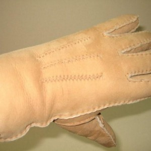 Mens And Ladies Lamb Skin Gloves