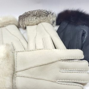 Mens And Ladies Sheepskin Gloves (with fur trim)
